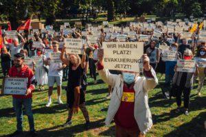 """""""Wir haben Platz!"""" – Demo in Essen"""